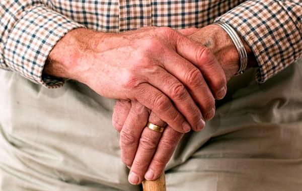 Cuidado del anciano