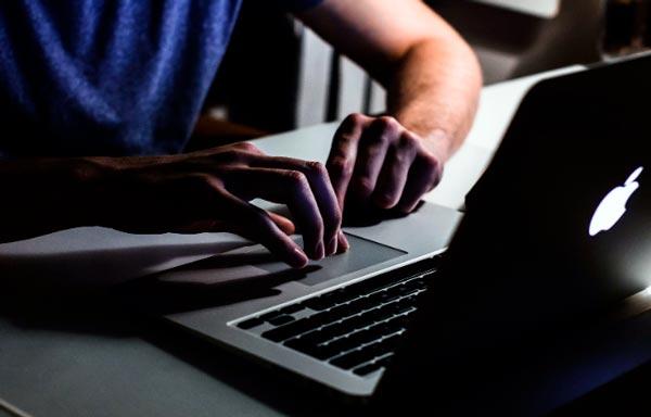 Alquiler de grúas en Internet